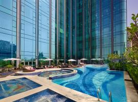The Reverie Saigon Residential Suites, apartment in Ho Chi Minh City