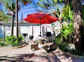 Palm Place 1 - Sabal Palm Beach getaway 624, apartment in Clearwater Beach