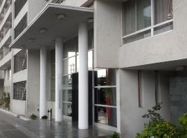 Departamento Amoblado 2, hotel en Santiago