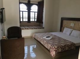 Roop Shree Hotel, hotel near Chittorgarh Railway Station, Chittaurgarh