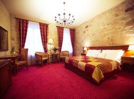Hotel Rous, hotel v Plzni