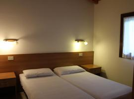 Bungalows Alloggi Angiolin Ketty, hotel a Cavallino-Treporti