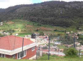 Hill View Dream Cottage, room in Ooty