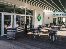 Hotel Bar Restaurant Le Chaudron Vert, hôtel à Saint-Étienne