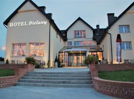 Hotel Bielany – hotel w pobliżu miejsca Lotnisko im. Mikołaja Kopernika we Wrocławiu - WRO w mieście Bielany Wrocławskie