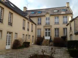 Au cœur du centre historique, hotel near Museum of the Battle of Normandy, Bayeux