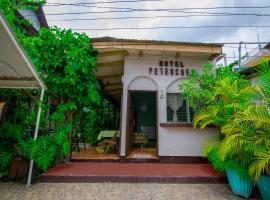 Hotel Petenchel, hôtel à Flores
