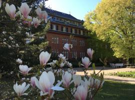 Gäste- und Tagungshaus am Glockengarten: Berlin'de bir Oda ve Kahvaltı