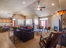 3BD/2B Sunset Views in the Desert, vacation rental in St. George