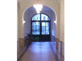 Garten Apartment Grünentorgasse, pet-friendly hotel in Vienna