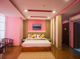 Grand Central Hotel, hotel in Mandalay