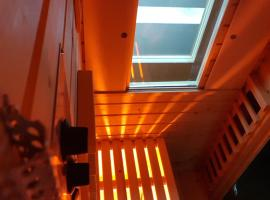 Apartment Wave - Infrared Sauna, Rainfall shower, Parking with video surveillance, Entry with PIN 0 - 24h, Book without credit card