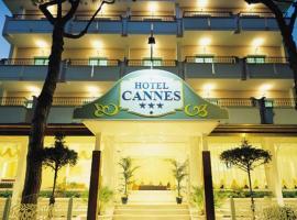 Hotel Cannes, hôtel à Riccione