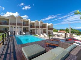 Family Complex beside Beach w/Pool Montego Bay #1, villa in Montego Bay