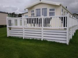 Bude Caravan Caromax - Families and Couples Only, resort in Bude