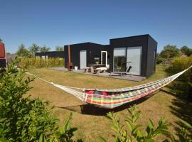 Wadzand, holiday home in Midsland