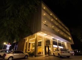 Roopa Elite, hotel in Mysore