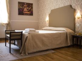 Hotel Navy, hotel in Livorno