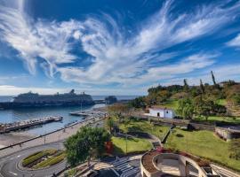 Funchal Marina Bay, hotel cerca de Catedral de Funchal, Funchal