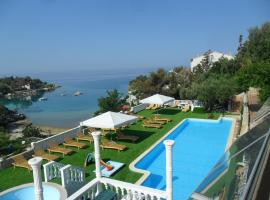 Family friendly apartments with a swimming pool Potocnica, Pag - 3075, luxury hotel in Novalja