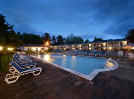Turf and Spa Motel, hotel with pools in Saratoga Springs