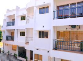 Hisham Residency, hotel in Kakkanad