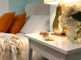 Modern Boutique Studio Apartment, hotel near Bournemouth Beach, Bournemouth