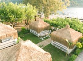 Mavi Yengec Bungalows and Hotel, отель в Орхание