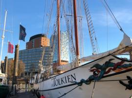 Segelschiff J.R. Tolkien, Hotel in der Nähe von: Elbphilharmonie Hamburg, Hamburg
