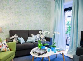 Feelathome Madrid Suites Apartments, hotel cerca de Casa de Campo, Madrid
