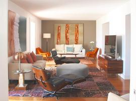 Santa Catarina Luxury Apartment, luxury hotel in Lisbon