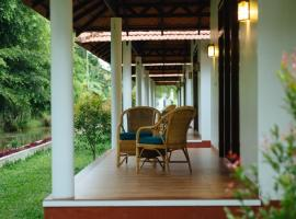 Palmgrove Lake Resort, accessible hotel in Alleppey