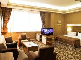Divan Express Baku, отель в Баку