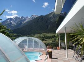 Ferienhaus Freizeit, hotel in Landeck