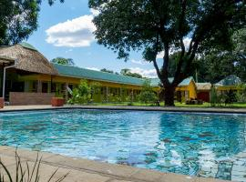 Cafe Zambezi House of Africa, hotel in Livingstone