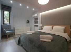 Luxury & Modern Apartment In Kolonaki, hotel near Athens Music Hall, Athens