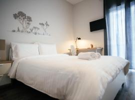 Mia's Nice and Cozy Apartments, hotel in Alexandroupoli
