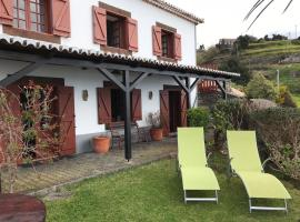 CASA DOS FALCÕES casa de campo, country house in Fajã da Ovelha