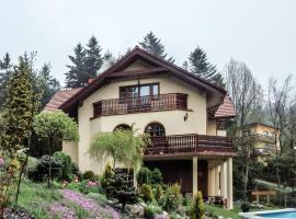 Willa Wierchy – hotel w pobliżu miejsca Wyciąg narciarski Kaimówka w Szczyrku