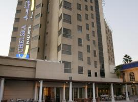 Chelsea Plaza Hotel, hotel near Dubai World Trade Centre, Dubai