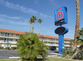 Motel 6-Twentynine Palms, CA, hotel in Twentynine Palms