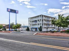 Motel 6-Flagstaff, AZ - East, hotel near Greater Flagstaff Chamber of Commerce, Flagstaff