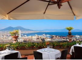 San Francesco al Monte, hotel with pools in Naples