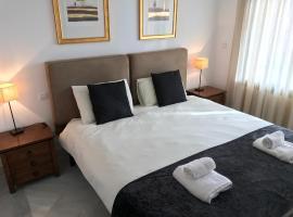 Cabopino Holiday and Golf Getaway, hotel dicht bij: Cabopino Golf, Marbella