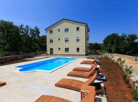 Villa Bellator, room in Šilo