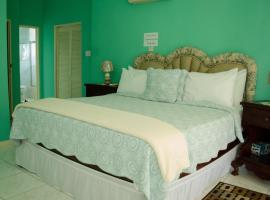 Tiana Villa Estate, villa in Montego Bay