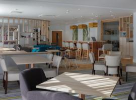 Hampton by Hilton Exeter Airport, hotel in Exeter