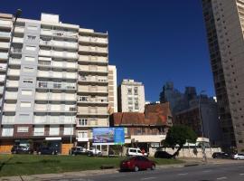 MDQ viva!, hotel cerca de Torreón del Monje, Mar del Plata