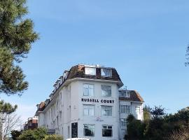Russell Court Hotel, hotel in Bournemouth