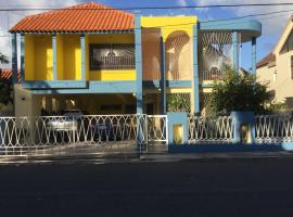 Nicole's Guest Home, hotel with parking in Higuey